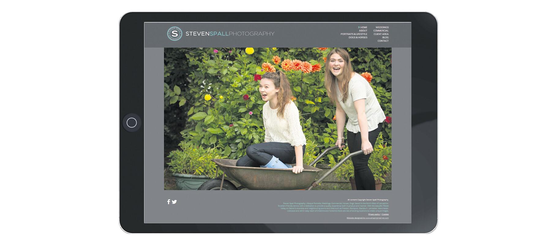 Amazing Internet website on tablet